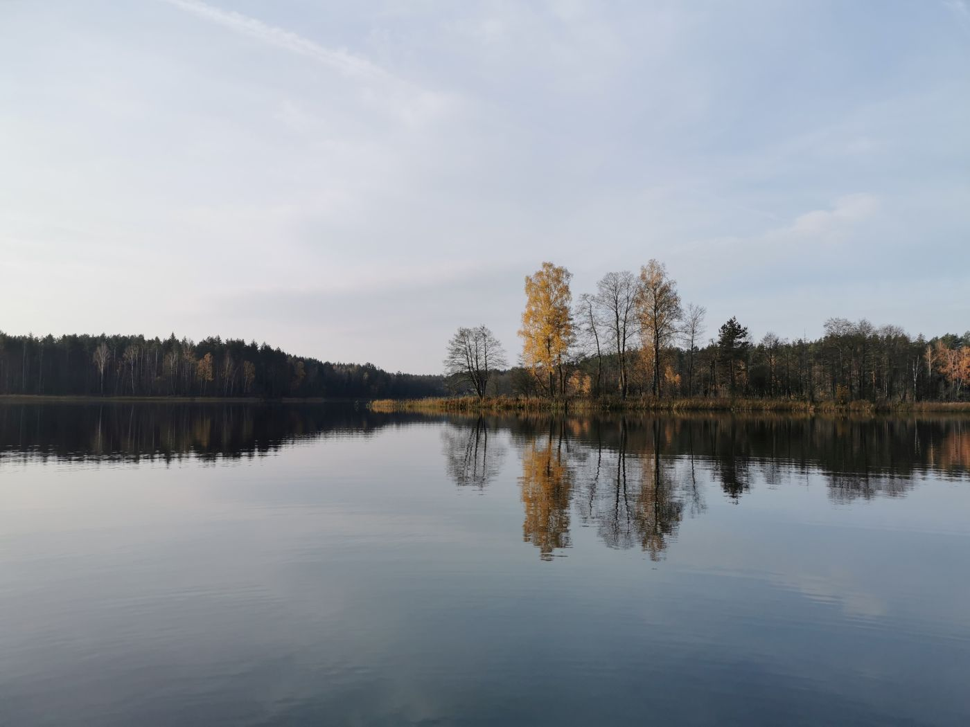 ežeras aisetas